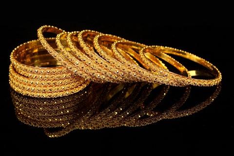 Giá USD hồi phục tạo cơ hội đầu tư vào vàng