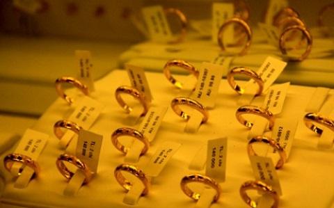 Giá vàng liệu có vọt lên 55 triệu đồng/lượng?