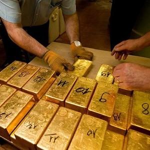 Bước điều chỉnh của vàng đang tiềm ẩn