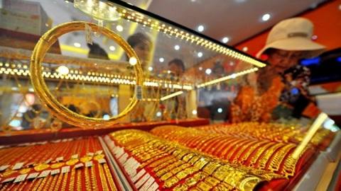 Vàng đứng trước áp lực giảm giá