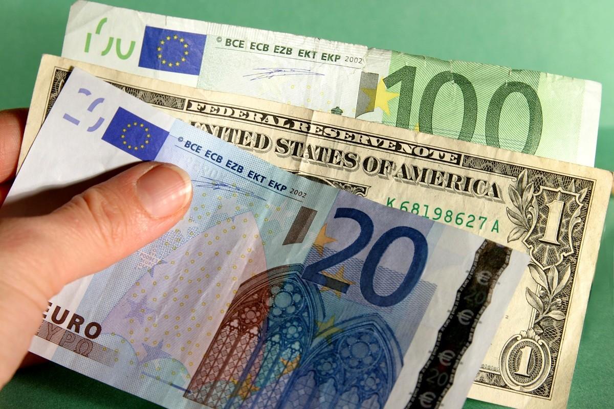 TT ngoại hối 29/5: Yên Nhật, Franc Thụy Sỹ được mua vào, USD giảm sâu