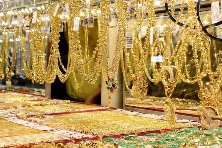 Bảng giá vàng sáng 3/6: Vàng chuyển mình đánh rơi mốc 49 triệu đồng