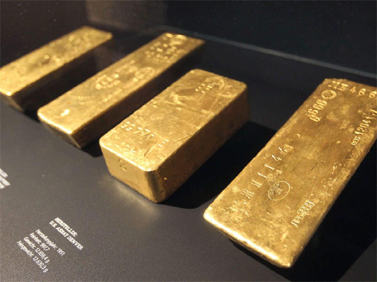 PTKT: Vàng tiếp tục bị khóa trong phạm vi giao dịch hẹp sau khi chạm đường xu hướng kháng cự