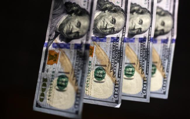TT ngoại hối 3/6: USD rớt giá thảm hại vì cầu yếu; Bảng Anh lên cao nhất từ giữ tháng 4