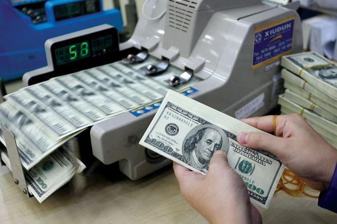 Tỷ giá USD tiếp tục giảm ở ngân hàng