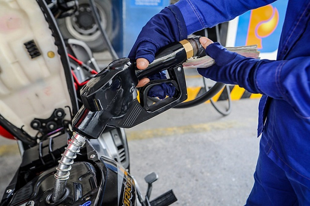 Giá xăng không thay đổi