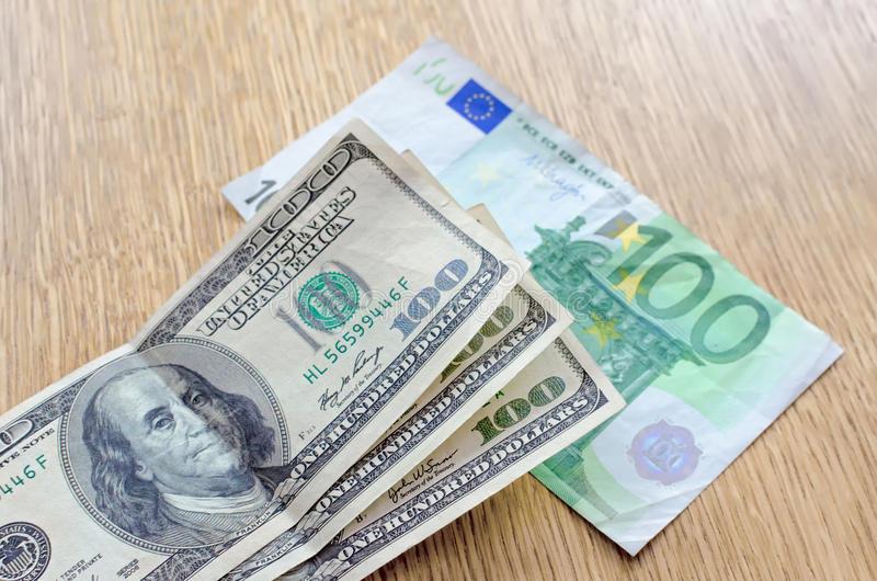 TT ngoại hối 5/8: EUR và bảng Anh tăng hơn 0,5%, ING đoán cặp EUR/USD lên tới 1,25