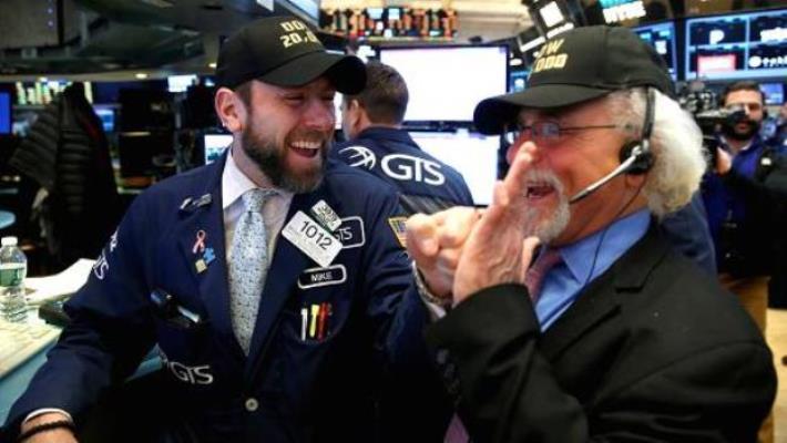 Giá vàng thế giới hôm nay (19/9): Nền kinh tế Mỹ hồi phục yếu ớt, vàng quay đầu bật tăng