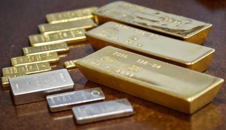 Vàng và bạc vừa thủng đáy 2 tháng. Câu chuyện phiên hôm nay là gì?