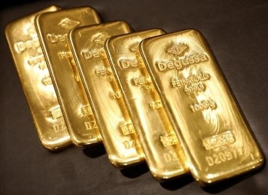 Vàng: Trên đà kiểm tra đáy tháng 8 tại $1863