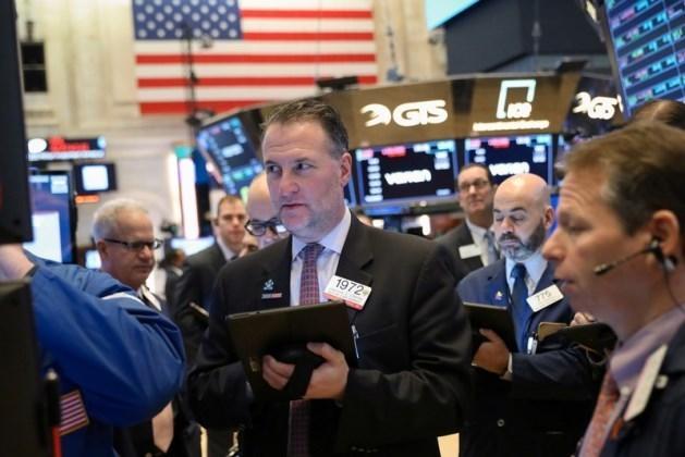 Phiên 24/9: Cổ phiếu công nghệ 'cứu' phố Wall ở phút cuối; dầu thô vượt ngưỡng 40USD