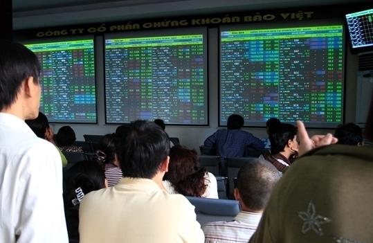 TTCK phiên sáng 1/10: Thị trường khởi sắc, VN-Index tăng gần 7 điểm