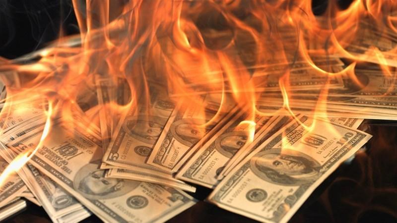 TT ngoại hối 21/10: Bán tháo xảy ra trên diện rộng, chỉ số USD tụt đáy tháng dưới mức 93