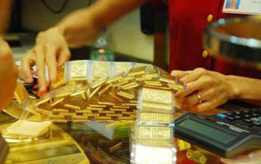 Đồng USD dần hồi phục khiến giá vàng đuối sức
