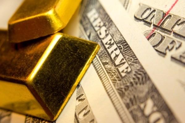USD tăng mạnh 'vùi dập' thị trường vàng