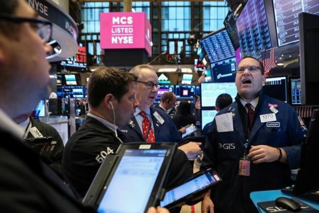 Phiên 19/11: NĐT trở lại cổ phiếu công nghệ, Phố Wall hồi phục tốt; Dầu thô gặp khó số ca Covid-19