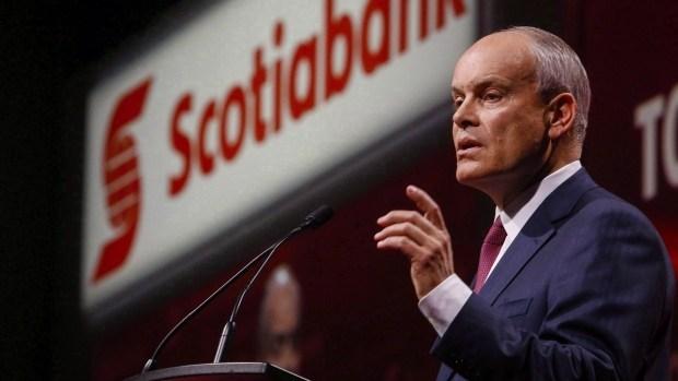 Scotiabank: Vàng bình ổn, bạc sẽ vượt trội hơn khi tăng trưởng kinh tế tăng dẫn đến lạm phát