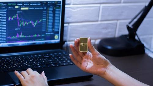 City Index: Những 'ồn ào' nào ngoài kia đang đẩy vàng về 1700$?