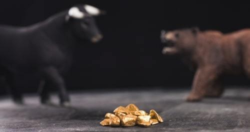 Dự báo giá vàng tuần sau 8-12/3: Liệu có đủ lực để bật lên từ đáy 11 tháng?