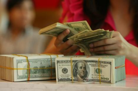 Tỷ giá VND/USD 5/5: Trung tâm đi lên, Tỷ giá liên ngân hàng ít biến động