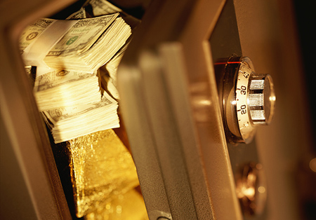 Vàng: Việc phá mốc 1800$ đã cởi trói cho thị trường, mở đường cho đà tăng phía sau