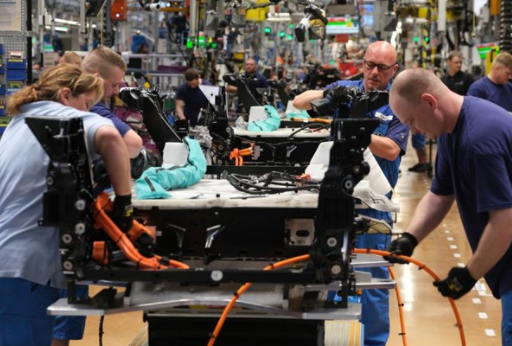 Tăng trưởng kinh tế khu vực Eurozone mạnh nhất trong 15 năm