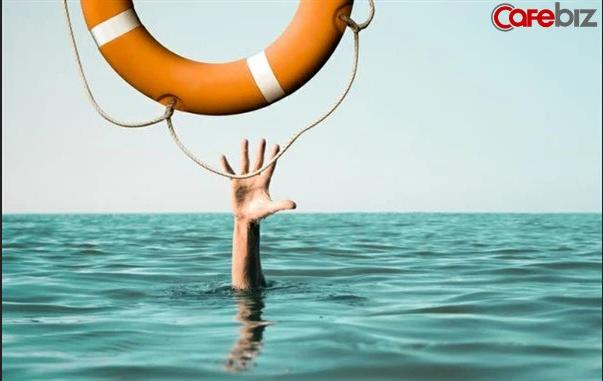 Cựu giám đốc diều hành JPMorgan MD: Chúng ta đang 'vùng vẫy' trong một vũng nước vô định tạo ra bởi lạm phát, chỉ có vàng là chiếc phao cứu sinh