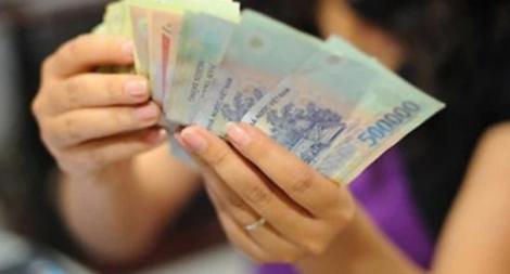 Tiền gửi vào ngân hàng giảm kỷ lục, tiền đang 'chảy' vào đâu?
