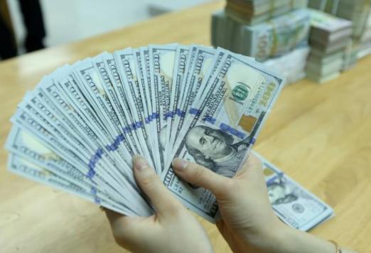 Tỷ giá VND/USD 28/7: Trung tâm tiếp tục tăng, NHTM và TT tự do đồng loạt đi ngang