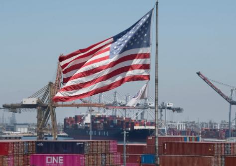 GDP Mỹ tiếp tục tăng trưởng, đạt 6,5% trong quý II